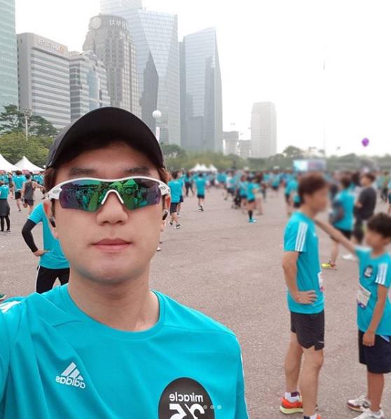 가수 션 푸르메재단 홍보대사와 함께 참가한 기부 마라톤 대회 (김주성 님 인스타그램)