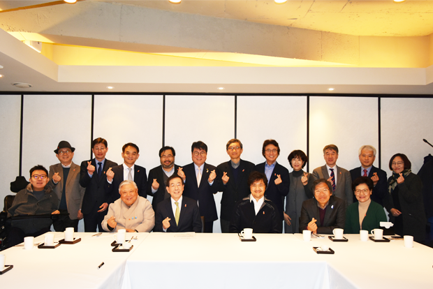 박원순 서울시장과 참석자들