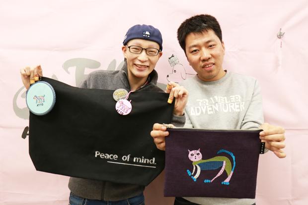 예술적 재능을 마음껏 발휘하는 김현호 씨와 전재선 씨