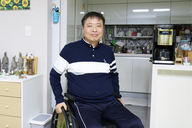 장애인들이 삶을 포기하지 않도록 따뜻한 손길이 되어주는 김창기 님