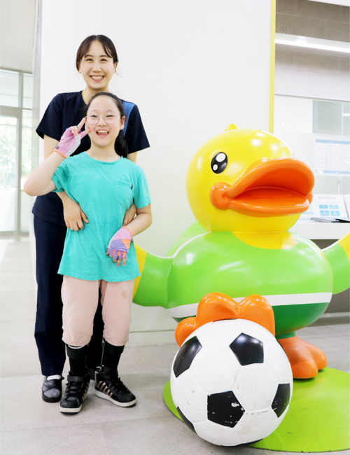 진아 양이 가장 좋아하는 김예은 물리치료사와 함께