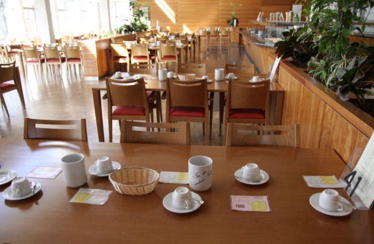 ▲ 지정석으로 운영되고 있는 식사공간