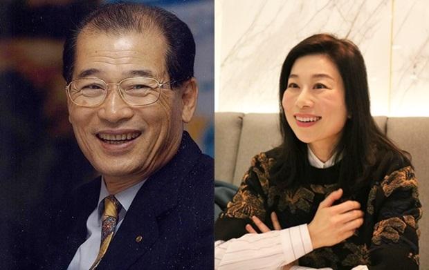 웃는 모습이 꼭 닮은 고(故) 윤병철 하나은행 초대회장(왼쪽)과 윤혜준 님 부녀.