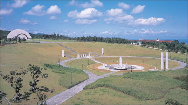 4.3사건 희생자의 넋을 위령하기 위해 조성된 제주 4.3평화공원 (출처 : 제주4‧3아카이브 홈페이지)
