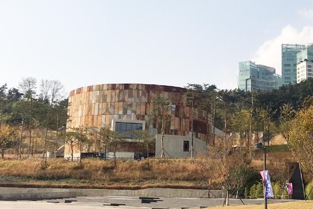 서울의 대표적 도시재생 랜드마크 문화비축기지 (홍서윤 제공)