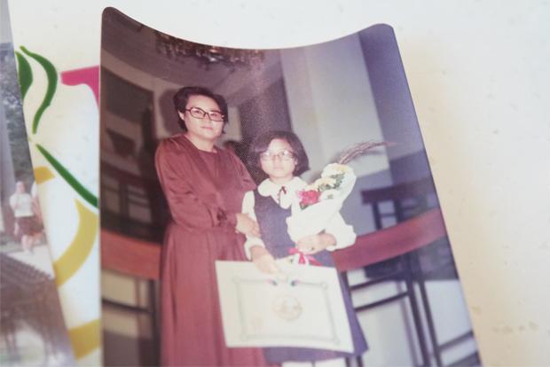생계를 책임지느라 쉴 틈 없었지만 딸의 졸업식만큼은 꼭 참석했던 어머니