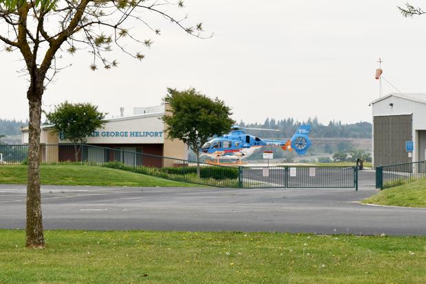응급 환자 이송용 헬기와 이착륙장